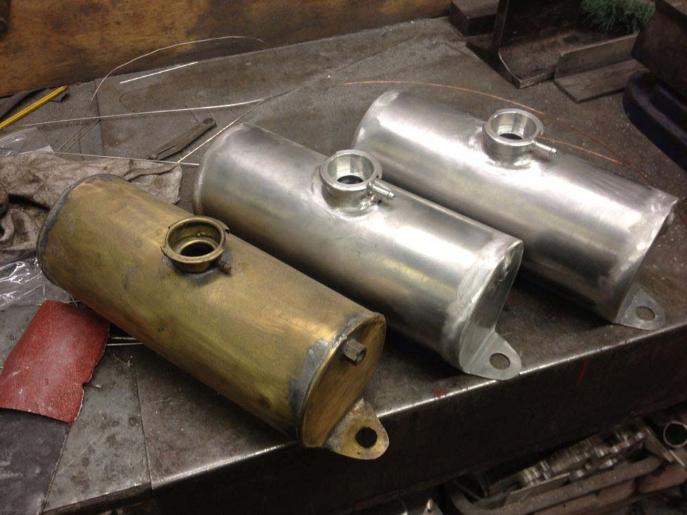 Image of Alloy Header Tank   01